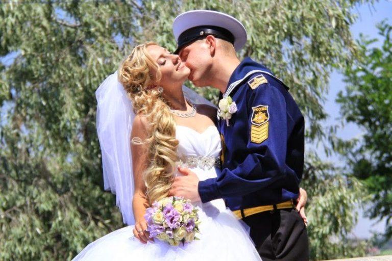 потерять невеста военного картинки огромный двухэтажный комплекс